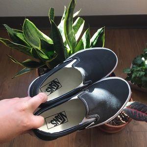 BLACK SLIP ON VANS size 7 :)